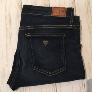 GUESS Jeans. Dark Wash Skinny Stretch. Size 28.